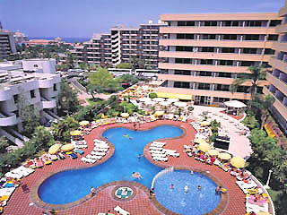 Swimming pools of the Choral Aparthotel Beach