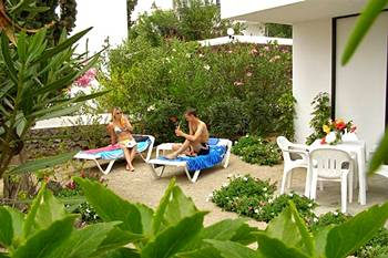 Apartamentos con jardines privados