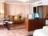 Salones y espacios de las Jr. Suites